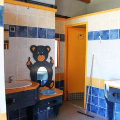 Sanitaire 1 - Lavabo pour les petits